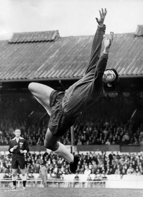 Banks vuonna 1969 Stoke Cityn maalivahtina.