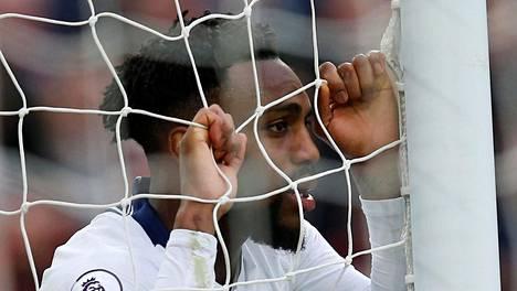 Danny Rose edustaa Tottenhamia.