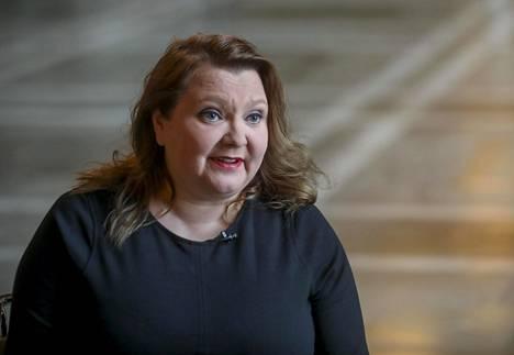 Sdp:n kansanedustaja Suna Kymäläisen mukaan on kestämätöntä, jos ilmastoavauksia tulee ennen kuin niistä vallitsee hallituksen sisällä yksimielisyys.