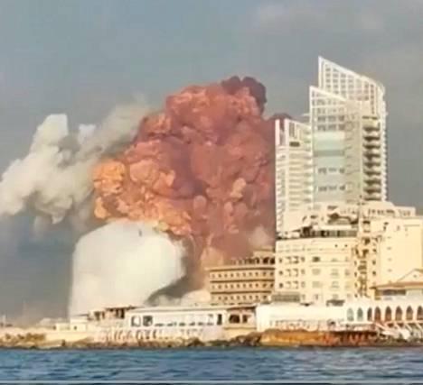 Kuvaa räjähdyshetkestä.