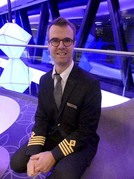 –En ole koskaan elämässä kokenut tällaista, että laiva on typötyhjä, eikä ole matkustajia, kapteeni Magnus Thörnroos sanoo.