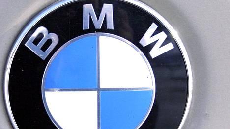 BMW:m sinimustavalkoinen merkki on lainannut värityksensä saksalaisen kotiosavaltio Baijerin lipusta.