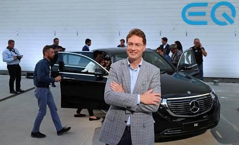 Daimlerin hallituksen ruotsalainen jäsen Ola Källenius vertasi EQC:n eri ominaisuuksia kymmenotteluun: –Täytyy olla kaikessa hyvä.