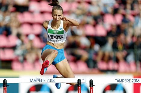 Viivi Lehikoinen sijoittui Tampereella heinäkuussa järjestetyissä nuorten MM-kisoissa yhdeksänneksi 400 metrin aidoissa.