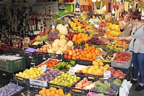 Porto on gastronomin päiväuni. Ruokakaupat myyvät poikkeuksetta tuoreita ja maukkaita kasviksia ja hedelmiä.