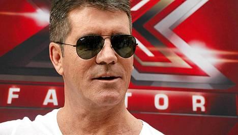 Simon Cowellista väitetään tulevan isä.