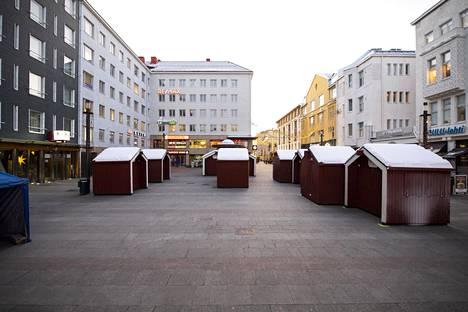 Oulun Tiernatori avataan perjantaina 13. joulukuuta. Paikalla on 10 myyntimökkiä.