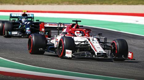 Kimi Räikkönen kiihtyi raivoon radioviestissään.