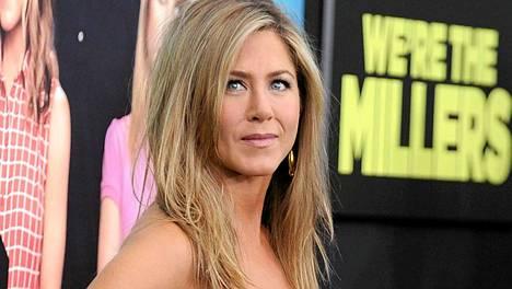 Nämä tuoreet kuvat Jennifer Anistonista käynnistivät huhumyllyn, että näyttelijätähti olisi raskaana.
