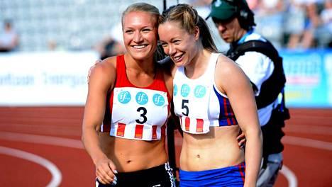 Matilda Bognanoff ja Ida Aidanpää juoksevat Zürichissä pika-aidat.