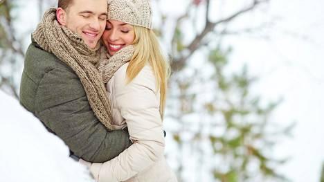 Rakastuminen alkaa viehättymisestä, joka on pitkälti ulkoista.