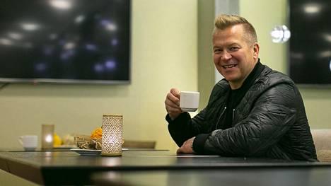 """Se video Petteri Nummelinin oli pakko katsoa aamuyöllä: """"Sanoin ymmärtäneeni ja otin riskin"""""""