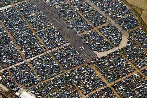 Länsisaksalaisessa Mendigin kaupungissa järjestettävä Rock Am Ring kerää vuosittain jopa 90 000 musiikin ystävää.