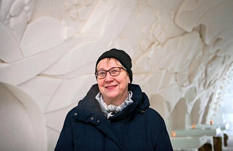 Ulla Kaukoniemi on lumilinnafriikki. Kotikaupungissa on maailman suurin sellainen.