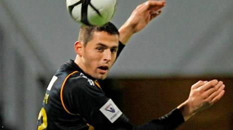 Kertaalleen Suomen A-maajoukkueessakin esiintynyt toppari Lum Rexhepi on palannut FC Hongan harjoituksiin.
