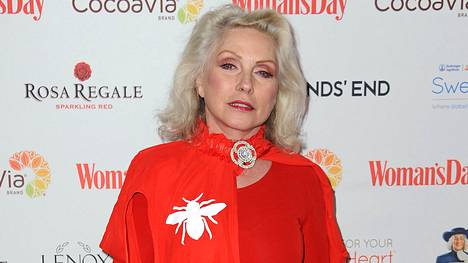 72-vuotias Debbie Harry näyttää yhä upealta.