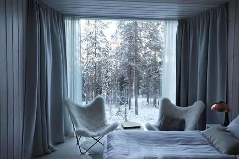 Hotelli Artic Treehousen hotellinjohtaja Tiina Kaikkonen tietää, mitä ulkomaalaiset majoittujat haluavat.
