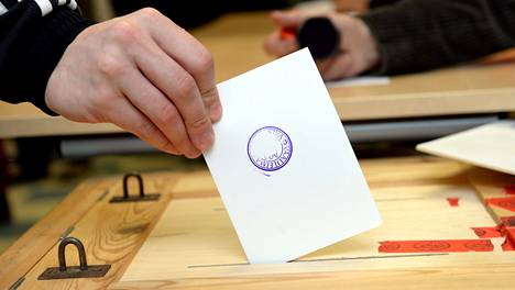 Osmo Häkkilän itselleen antamaa ääntä ei enää vaali-iltana löytynytkään.