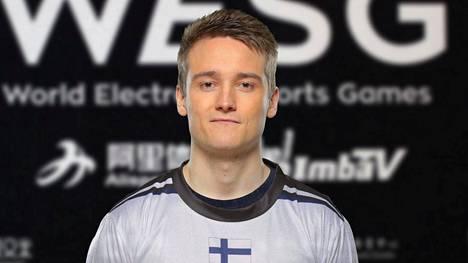 """Jesse """"zehN"""" Linjala on yksi Suomen CS-ammattilaisista maailmalla."""