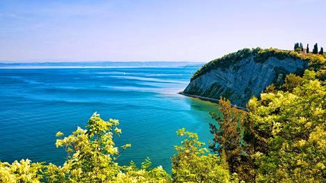 Näin upeita maisemia on tarjolla Sloveniassa, joka on yksi Lonely Planetin budjettimatkakohteista.