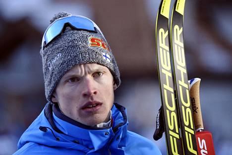 Iivo Niskanen voitti Seefeldin MM-kisojen 15 km (p) hiihdossa pronssia.