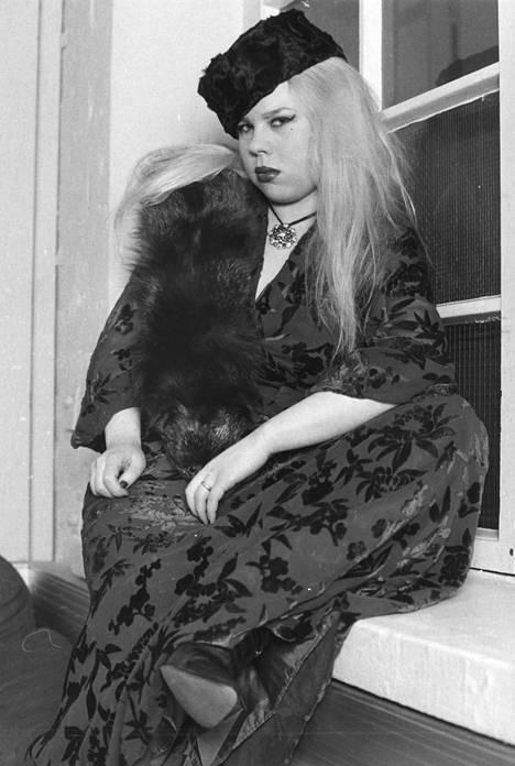 Heinäsirkka vuonna 1979.