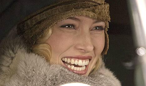 Jessica Bielin hymy häikäisee.