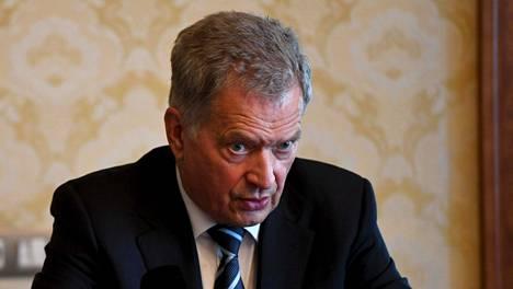 Tasavallan presidentti Sauli Niinistön mukaan Suomi pitää kiinni Venäjän vastaisista pakotteista eikä asiasta pitäisi olla mitään epäselvyyttä.