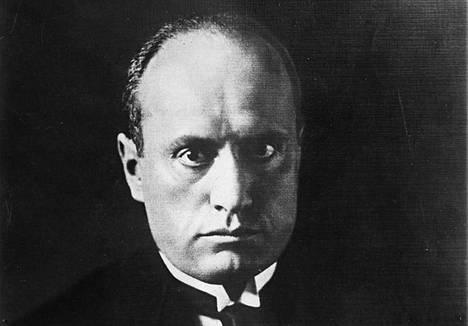 Benito Mussolini, italialaisen fasismin perustaja.