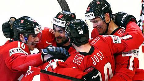 Sveitsi pelasi viime keväänä MM-kisojen parasta jääkiekkoa ja eteni finaaliin.