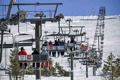 Talvikausi on Lapissa alkamaisillaan, mutta mistä laskettelijat rinteisiin ja hiihtäjät laduille?