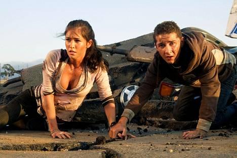 Megan Fox näytteli Transformers-elokuvassa Mikaelaa ja Shia LaBeouf puolestaan Samia.