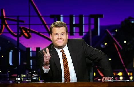 James Corden nauhoitti ensimmäisen Carpool Karaoke -pätkän jo 2011, mutta suurelle yleisölle lauluosio tuli tutuksi hänen talk show'staan The Late Late Show.
