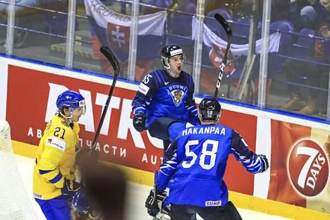 Sakari Manninen oli MM-kisojen tähtipelaaja 2019. Nimekästä Ruotsia vastaan komea rannelaukaus jatkoajalla vei Suomen välieriin maalein 5–4.