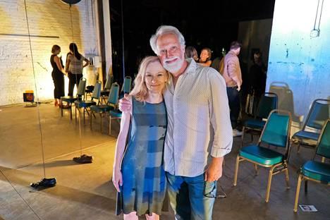 Nina Sallinen ja John Blondell ovat tehneet pitkään yhteistyötä. Sallinen on esiintynyt viidessä Blondellin tuotannossa.