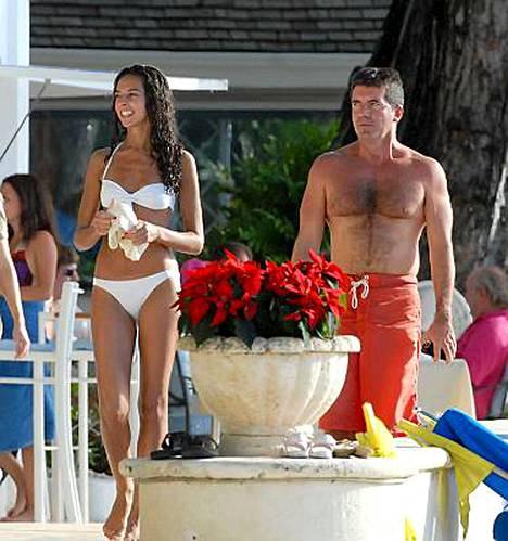 Terri Seymourin ja Simon Cowellin Barbadoksen-loma meni kyräillessä ainakin Cowellin ilmeestä päätellen.