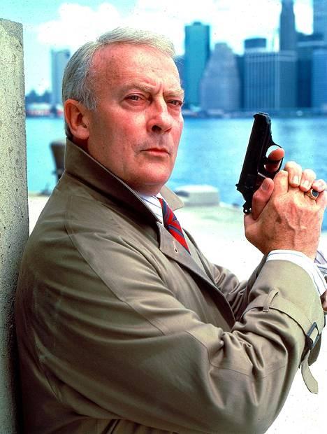 Alkuperäistä Robert McCallia näytteli 1980-luvun tv-sarjassa britti Edward Woodward.