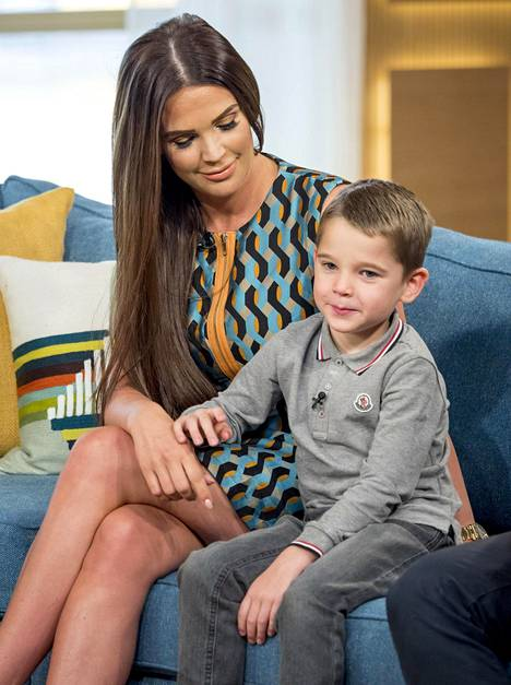 Osa katsojista koki, että Lloyd toimi tärkeänä esimerkkinä ja lisäsi tietoisuutta autismista kärsvien lasten ongelmista.