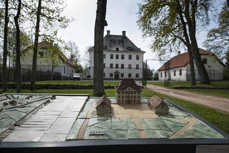 Mannerheimin synnyinkoti on yksi reitin nähtävyyksistä.