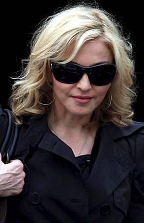 Madonna matkaa Malawiin ilman Jesus Luzia.