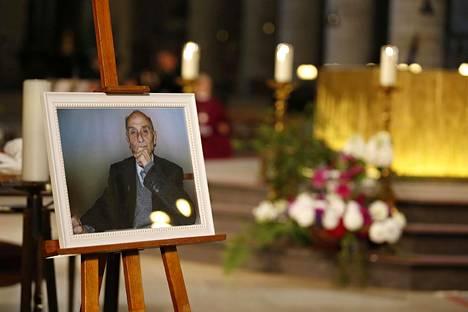 Ranskassa Lontoon terrori-isku on muistuttanut iskusta katedraaliin Rouenissa elokuussa 2016. Tuolloin ranskalainen pappi Jacques Hamel tapettiin terrori-iskussa. Toinen tekijöistä oli viranomaisille entuudestaan tuttu.
