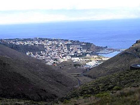 Viheltäjien vuorilta avautuu maisema pääkaupunki San Sebastianiin.
