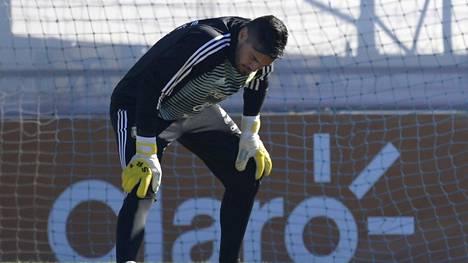 Argentiinalle raju takaisku jalkapallon MM-kisojen kynnyksellä – ykkösmaalivahti loukkaantui