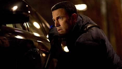 Nero kirjanpitäjä (Ben Affleck) osaa myös taistella.