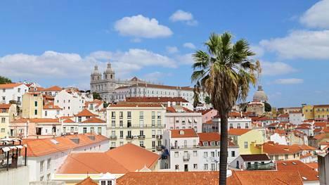 Portugalissa ja Espanjassa päästään ainakin yli 45 asteen viikonloppuna. Kuumuuden pelätään aiheuttavan ongelmia.