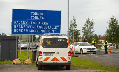 Länsirajan ylitti Tornion rajanylityspaikalta noin 520 000 henkilöä heinäkuun aikana.