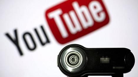 Kinalle kriittiset ilmaukset ovat poistuneet YouTubesta automaattisesti.