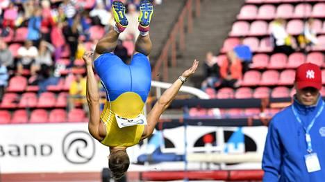 Kim Amb juhli Ruotsi-ottelun lajivoittoa tyylillä.