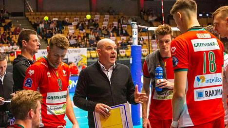 Joel Banks siirtyy luotsaamaan Suomen maajoukkuetta.
