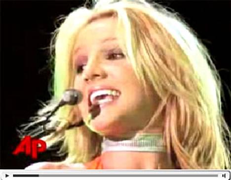Britney loisti parrasvaloissa juhlittuna tähtenä, mutta on nyt elämänsä totisimmissa vaikeuksissa.